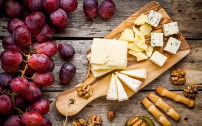 Το τυρί προστατεύει από τη συσσώρευση λίπους!