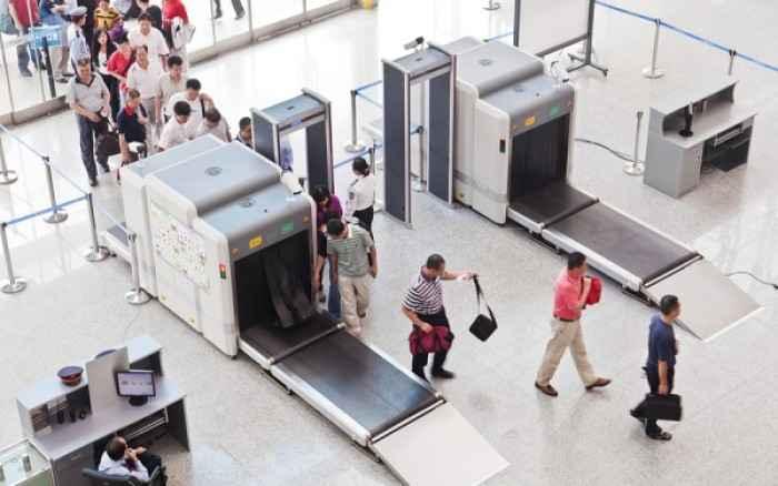 Γιατί οι ακτίνες στον έλεγχο των αεροδρομίων είναι επικίνδυνες για την υγεία