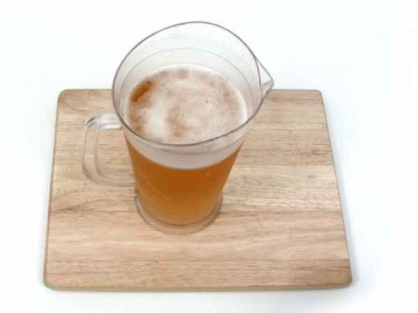Δείτε πώς μπορείτε να κρυώσετε άμεσα μια ζεστή μπύρα! Έξυπνο!