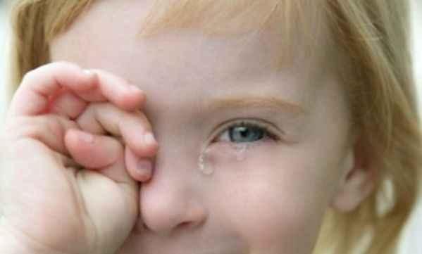 Ερεθίστηκαν τα μάτια του παιδιού; Να τι πρέπει να κάνετε