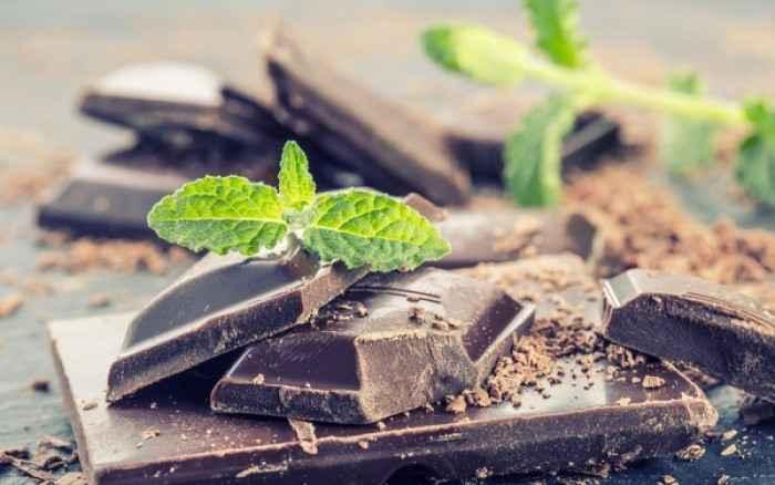 Η μαύρη σοκολάτα κρατάει το μυαλό σε εγρήγορση