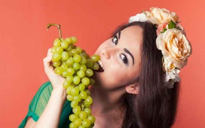 Θέλετε λαμπερή επιδερμίδα; Η λύση είναι τα φρούτα και τα λαχανικά