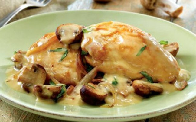 Κοτόπουλο με μανιτάρια και τυρί