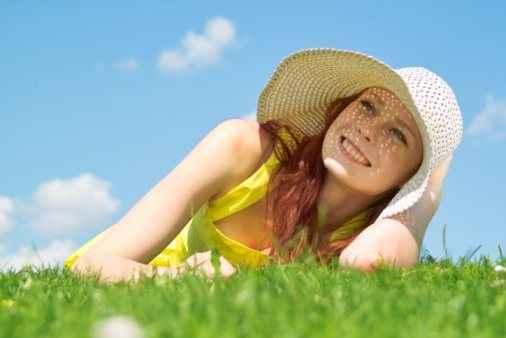 Λεμόνι και γάλα για τα ηλιακά εγκαύματα