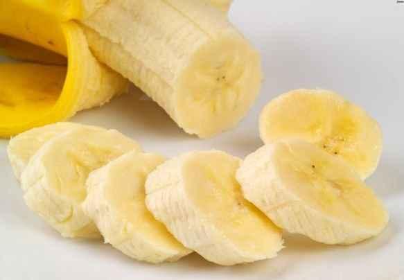 Μπανάνα, το μυστικό για τις αφυδατωμένες φτέρνες