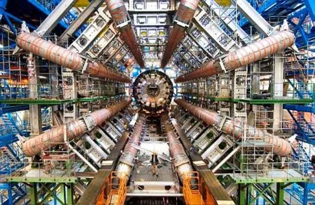 Νέα διάσπαση σωματιδίου στο CERN