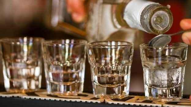Οι επιπτώσεις της κατανάλωσης αλκοόλ στην εφηβεία