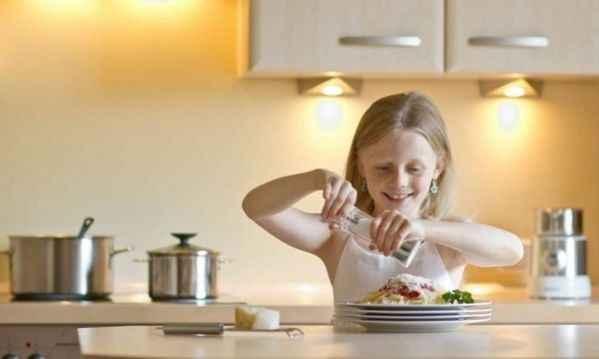 Πόσο αλάτι μπορεί να τρώει το μωρό μας και σε ποιες τροφές κρύβεται;