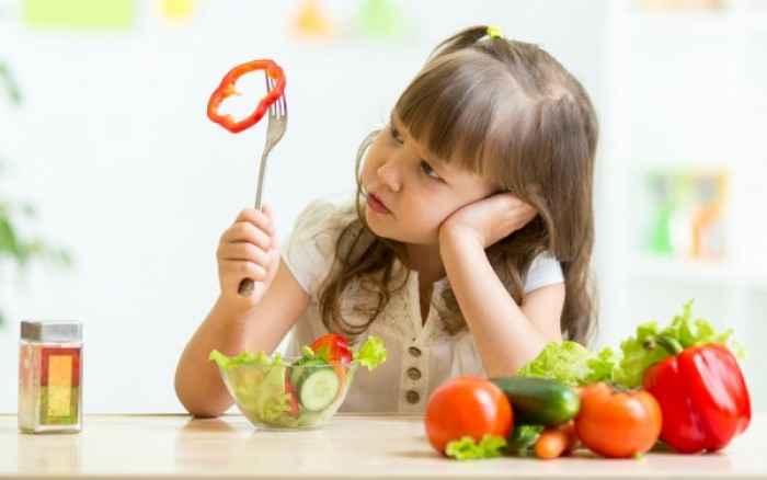 Πώς θα πείσετε το παιδί σας να φάει αυτά που δεν του αρέσουν