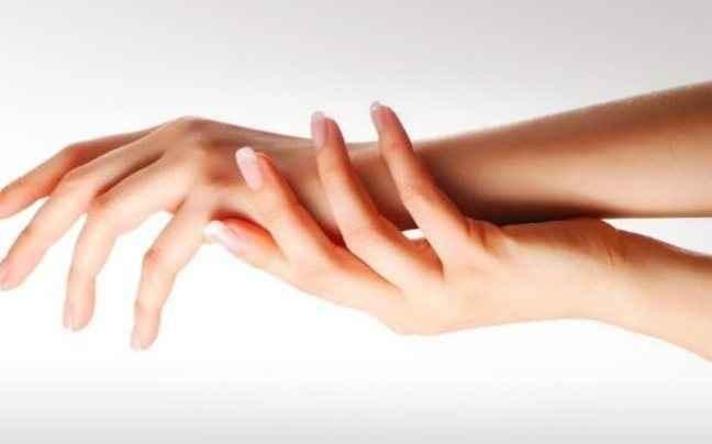 Σπιτικές κρέμες για την περιποίηση των χεριών