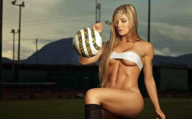 Το κορίτσι του ποδοσφαιριστή