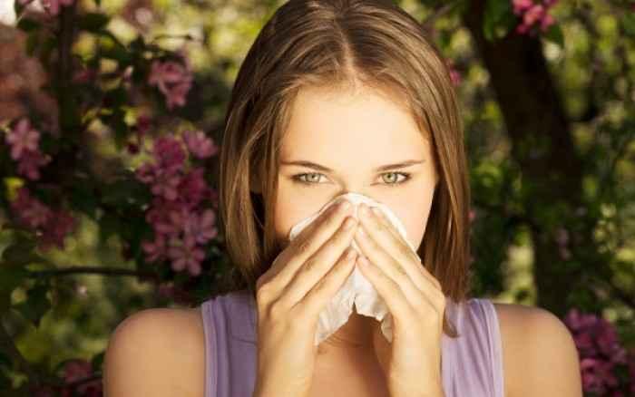 Υποφέρετε από αλλεργίες; Να τι πρέπει οπωσδήποτε να τρώτε