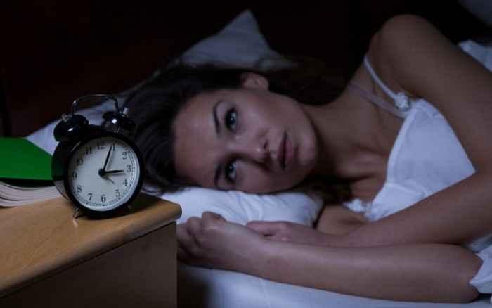 Υποφέρετε από αϋπνίες: Το απλό γιατροσόφι που θα σας βοηθήσει
