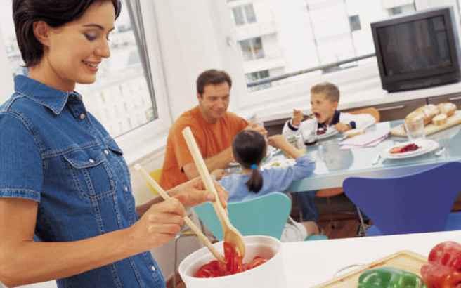 «Στόχος ο περιορισμός των ανθυγιεινών τροφίμων σε παιδιά»