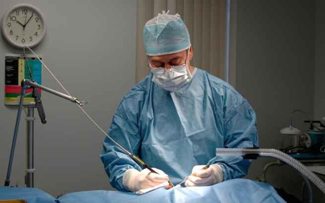 Αναίμακτη θεραπεία της φλεβικής ανεπαρκείας με laser