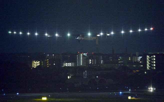 Απογειώνεται και πάλι το Solar Impulse