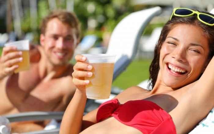 Καλοκαίρι και ενυδάτωση: Εις σάρκαν μίαν...