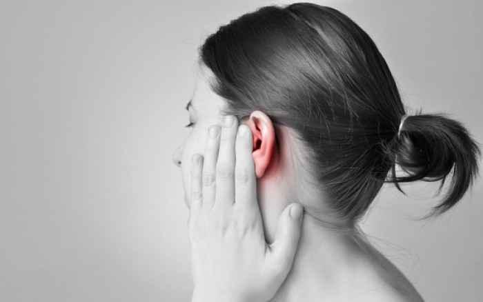 Καλοκαιρινή ωτίτιδα: Δείτε πώς θα την αποφύγετε