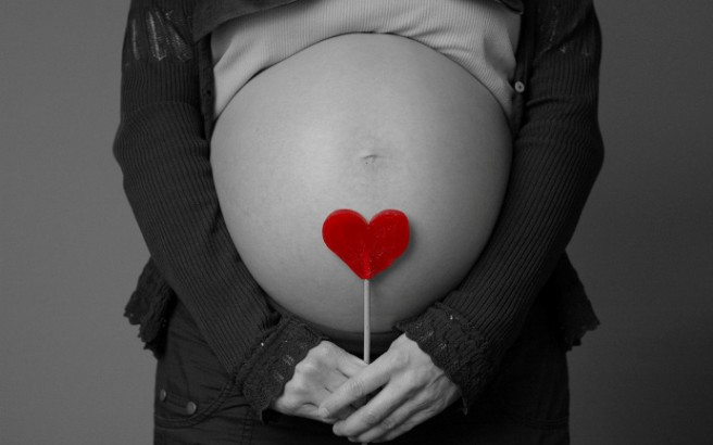 Οι έγκυες δεν πρέπει να τρώνε για δυο