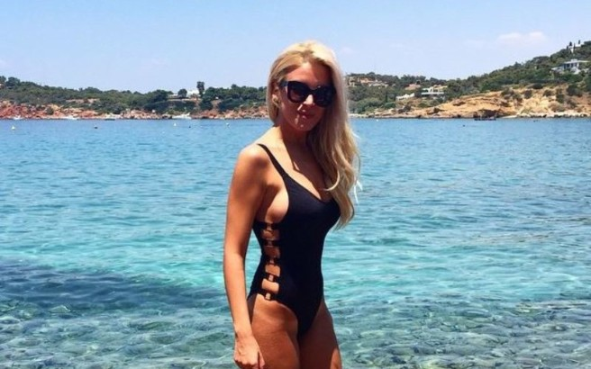 Οι ελληνίδες celebrities μόνο με τα μαγιό τους