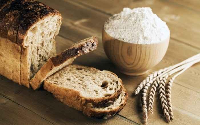 Τι είναι το ψωμί και το αλεύρι Ντίνκελ, που θεωρείται η νέα τάση στο αδυνάτισμα