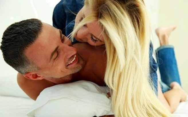 Τρεις «πικάντικες» φράσεις που ξετρελαίνουν τους άντρες