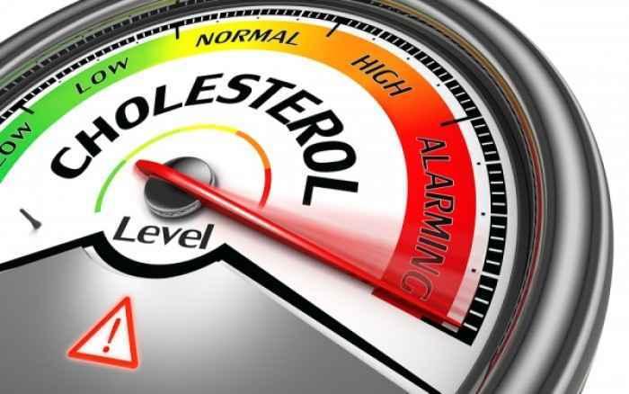 Χοληστερίνη: Τρεις φυσικοί τρόποι για να τη μειώσετε