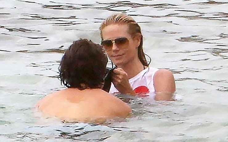 Η Heidi Klum γιορτάζει τον έρωτά της εντός θαλάσσης