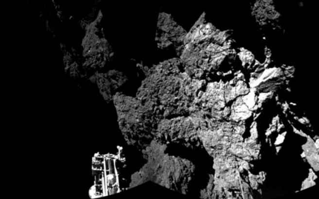 «Ξύπνησε» επτά μήνες μετά την προσεδάφισή του το Philae