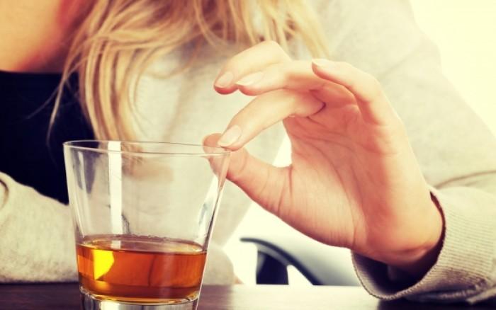 Αλκοόλ και κίνδυνος υπέρτασης – Τι πρέπει να γνωρίζουν οι γυναίκες