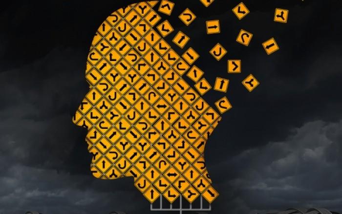 Αλτσχάιμερ: Οι εγκεφαλικές αλλοιώσεις ξεκινούν χρόνια πριν την εκδήλωση της νόσου