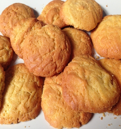 Αφράτα μπισκότα με ελαιόλαδο, τζίντζερ και λεμόνι
