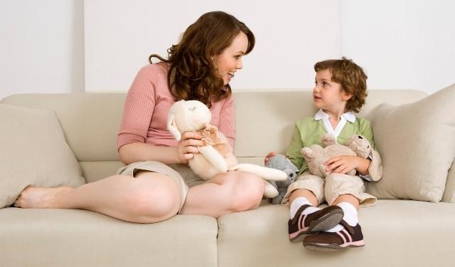 Βοηθήστε το παιδί να εμπλουτίσει το λεξιλόγιό του