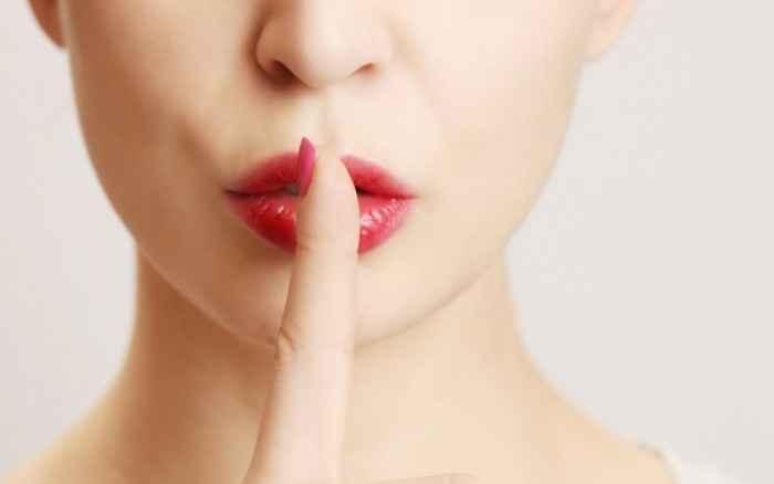 Δεν θα πιστεύετε τι μυστικό κρατούν δεκάδες γυναίκες από τους συντρόφους τους!