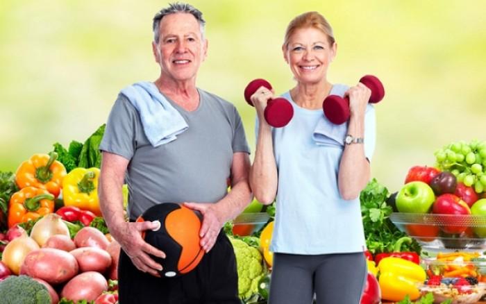 Η υγιεινή διατροφή θωρακίζει τον εγκέφαλο των ηλικιωμένων