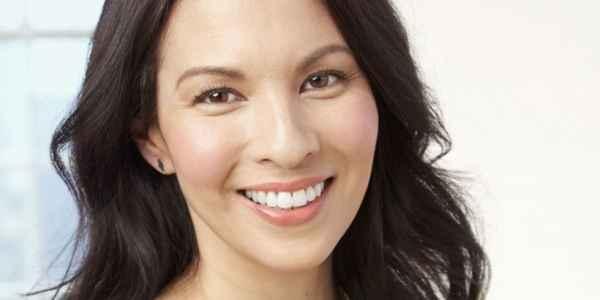 Μακιγιάζ: 4 κόλπα για να φαίνεστε νεότερη