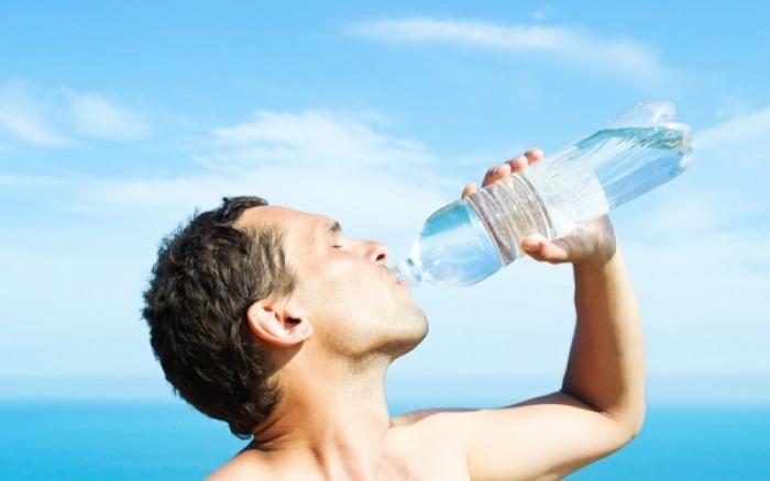 Ποιες ασθένειες μπορεί να κρύβει η δίψα