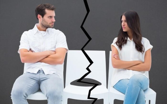 Πώς μπορεί να επηρεάσει τη σχέση σας μία... καρέκλα;