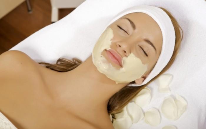 Υπέροχο scrub για πρόσωπο και σώμα με λεμόνι