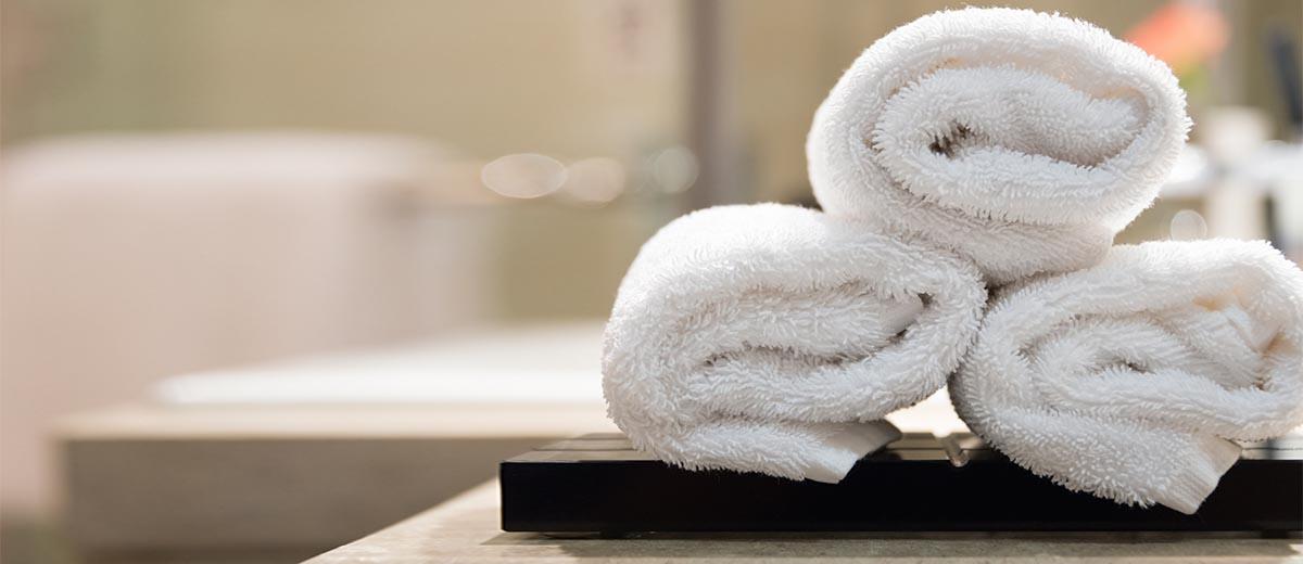 Χρειάζεστε μόνο μια ζεστή πετσέτα για να κάνετε απολέπιση!