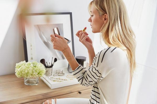 10 λάθη ομορφιάς που πρέπει να σταματήσουν να κάνουν οι γυναίκες