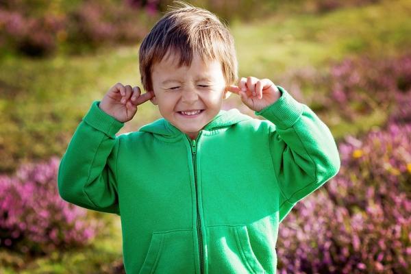 4 τρόποι να κάνετε τα παιδιά να σας ακούνε