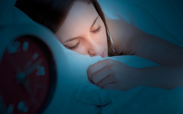 Δείτε ποια στάση στον ύπνο προλαμβάνει το Αλτσχάιμερ!