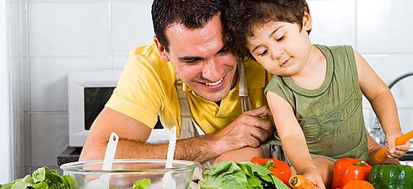 Δώστε το καλό παράδειγμα στη διατροφή του παιδιού σας