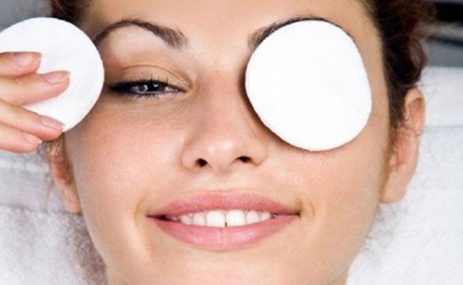 Μια πατάτα και μια κουταλιά μέλι, αρκούν για τις ρυτίδες γύρω από τα μάτια!