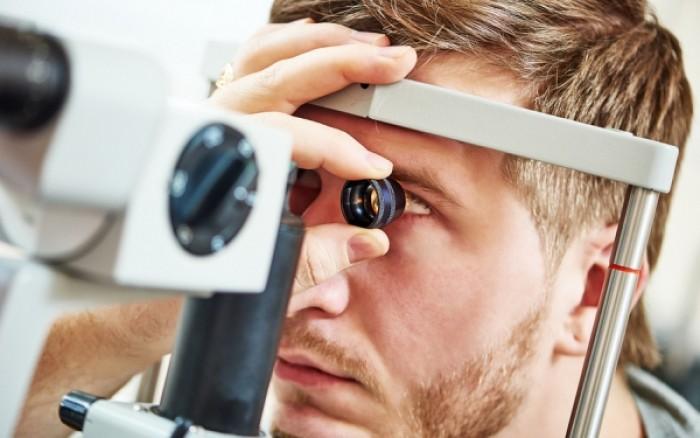 Οφθαλμικό μελάνωμα: Ποια είναι τα σημάδια στο μάτι