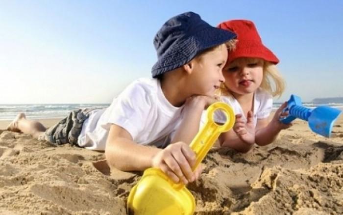 Παιχνίδια στην παραλία χωρίς εγκαύματα