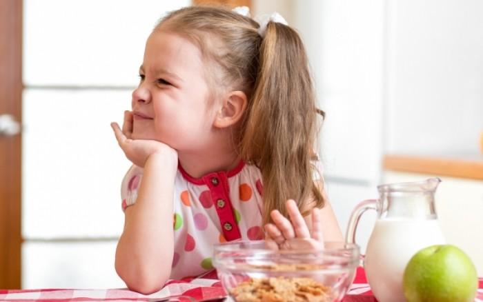 Πιθανή ένδειξη ψυχολογικών προβλημάτων αν τα παιδάκια είναι υπερβολικά ιδιότροπα με το φαγητό τους