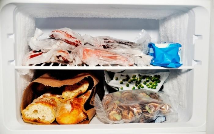 Ποιες τροφές δεν μπαίνουν στην κατάψυξη (Λίστα)