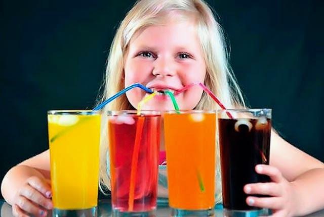 Πόσους χυμούς μπορεί να πίνει ένα παιδί